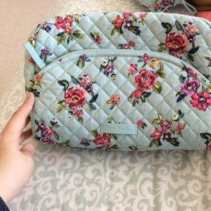 Vera Bradley Large Water Bouquet 💐 cosmetic bag